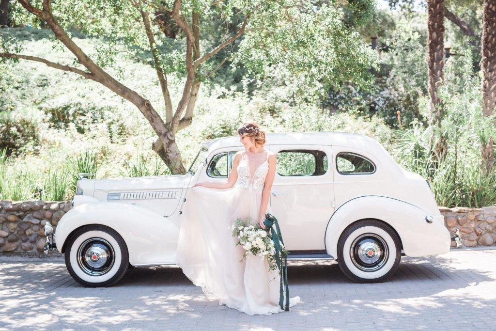 Wedding car rentals, vintage car, vintage car rental